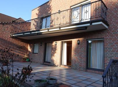 Terrasse und Balkon mit Anbau