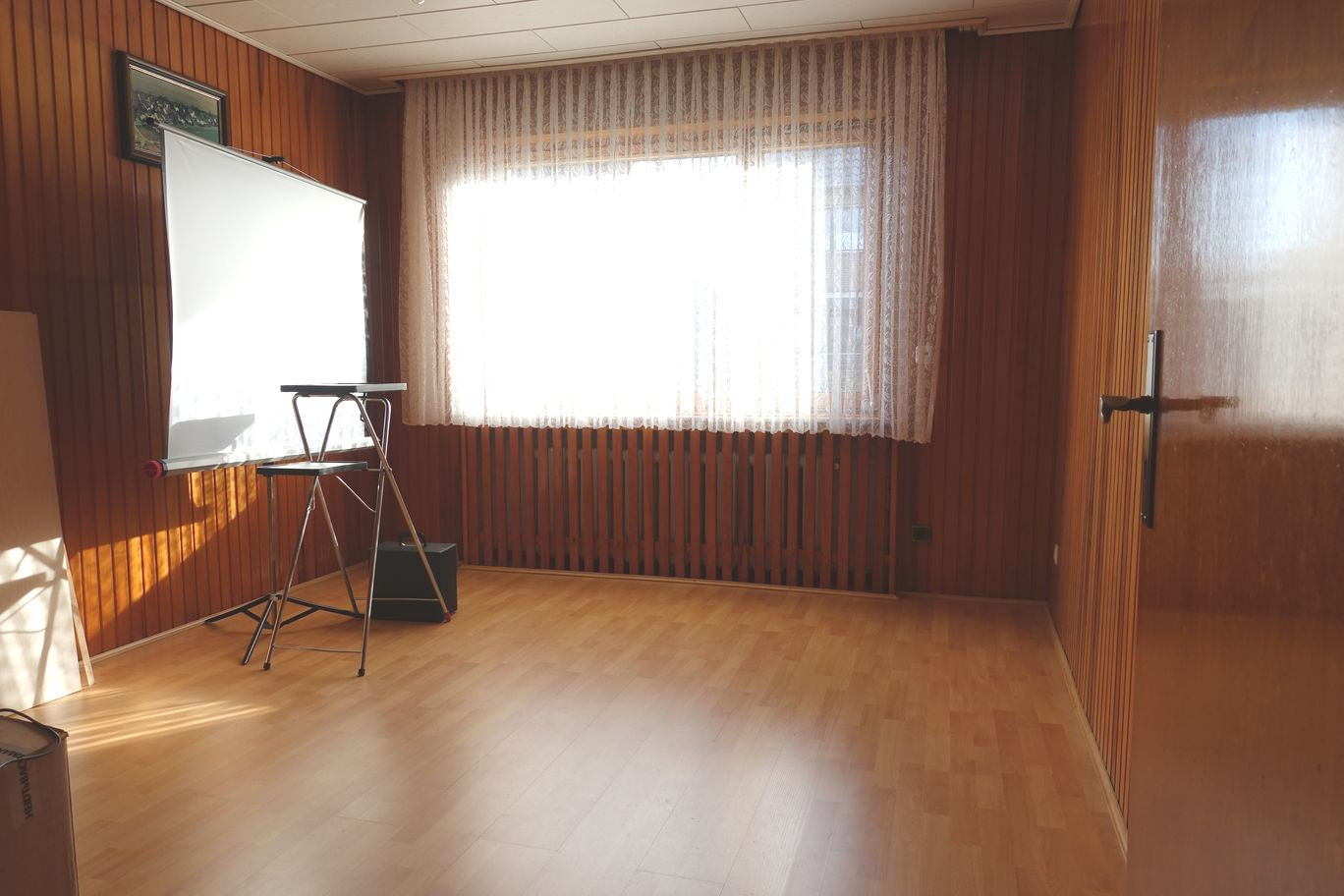 1. Zimmer EG.JPG