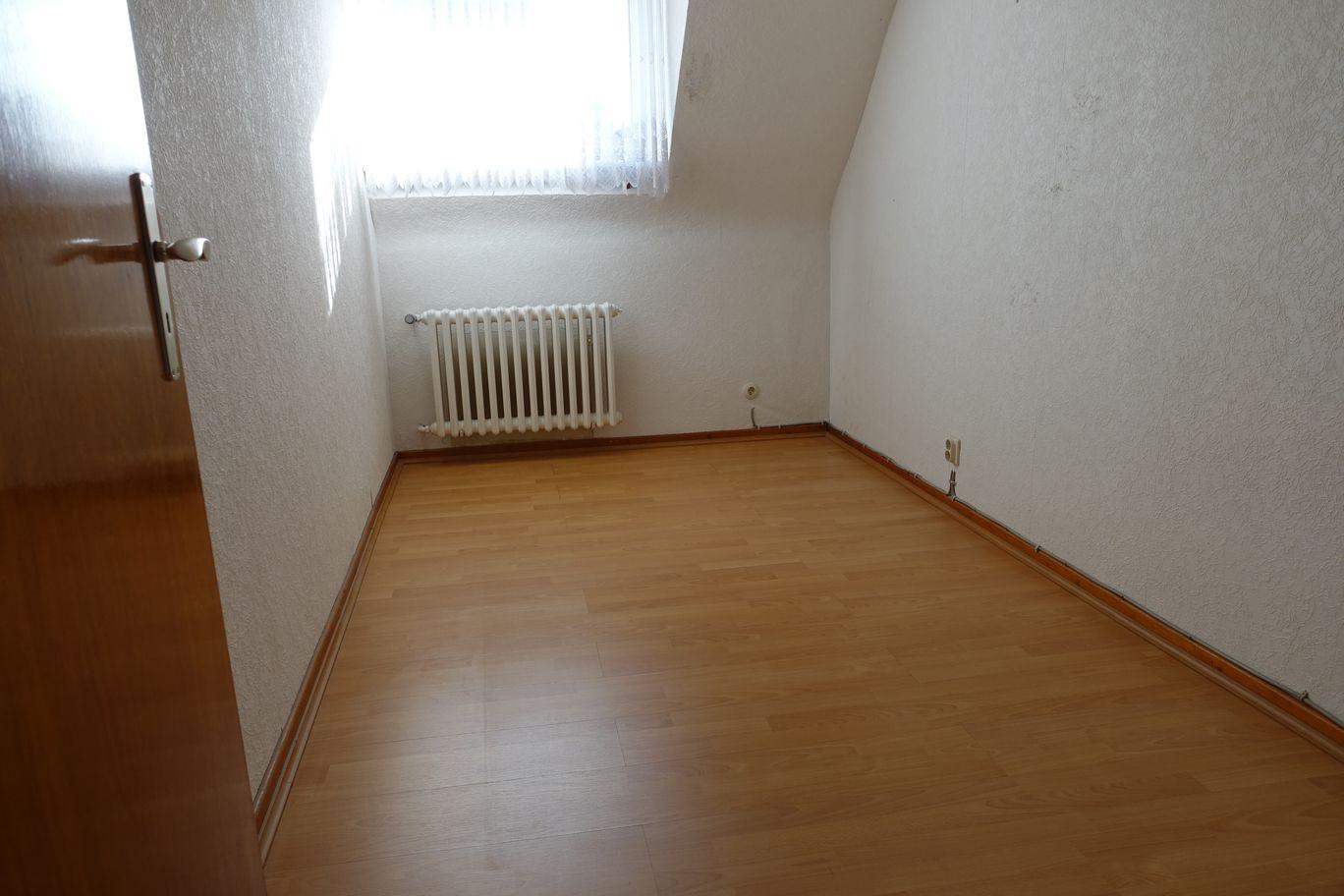2. Zimmer oben.JPG