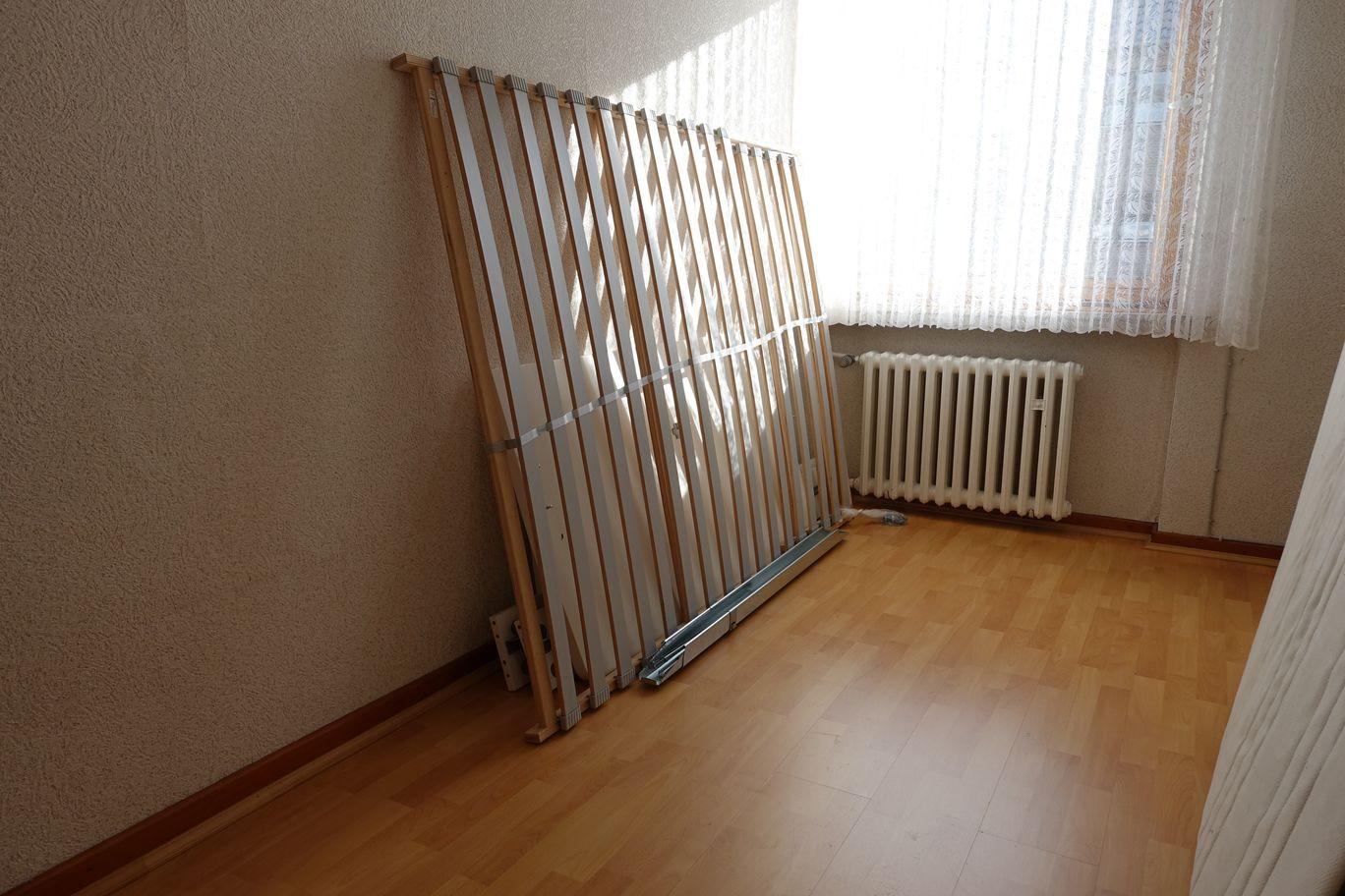 2. Zimmer EG.JPG