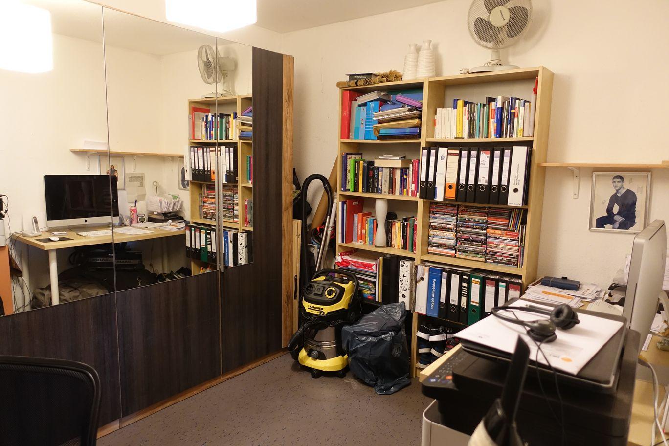 Arbeits- Abstellzimmer