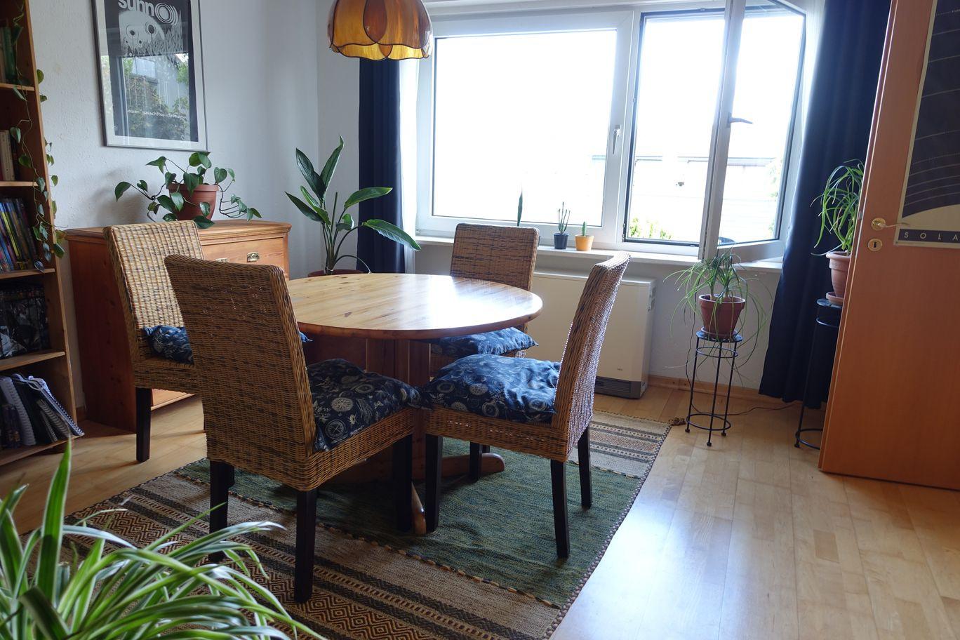 Wohnzimmer vorderer Bereich
