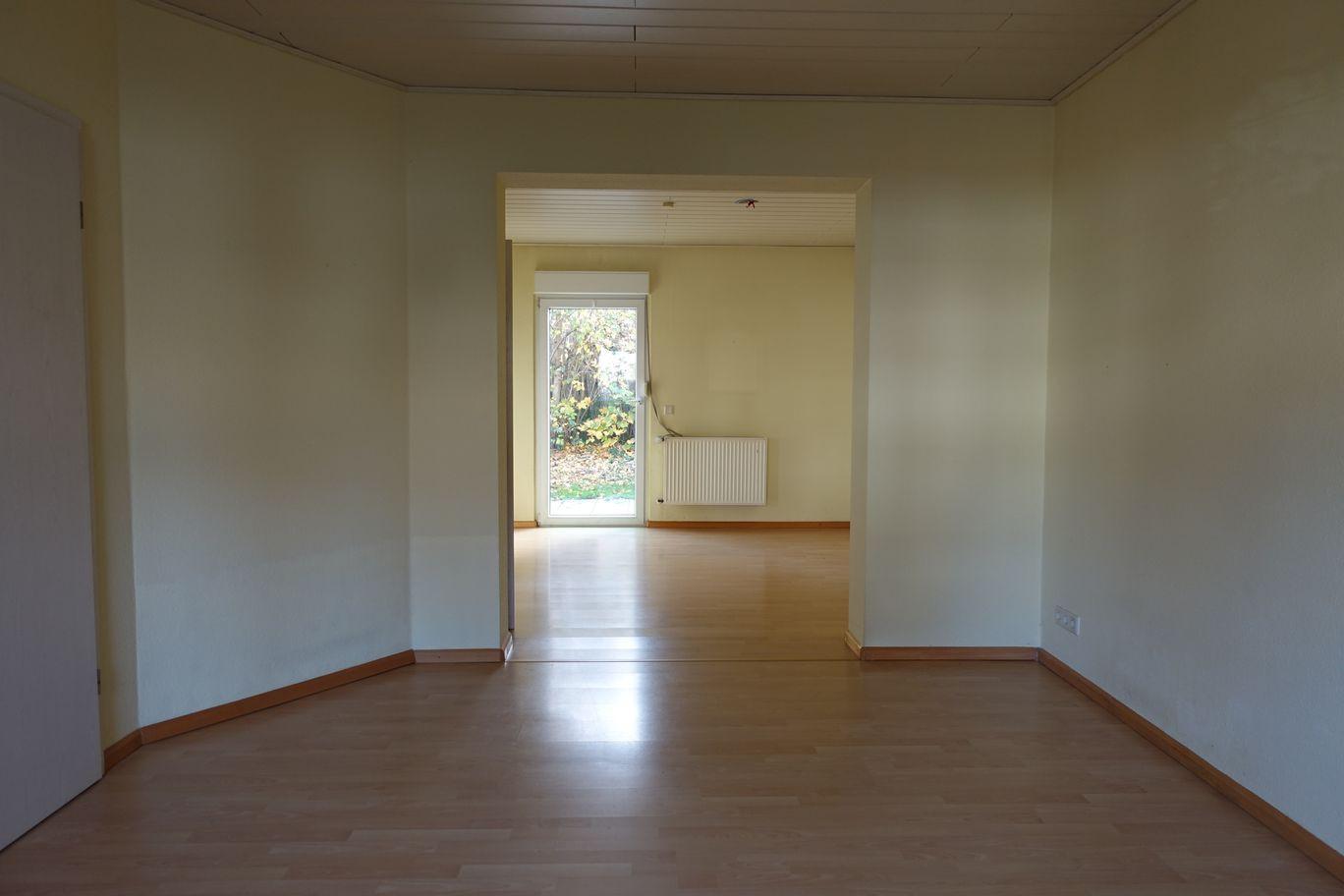 Wohnzimmer und Esszimmer