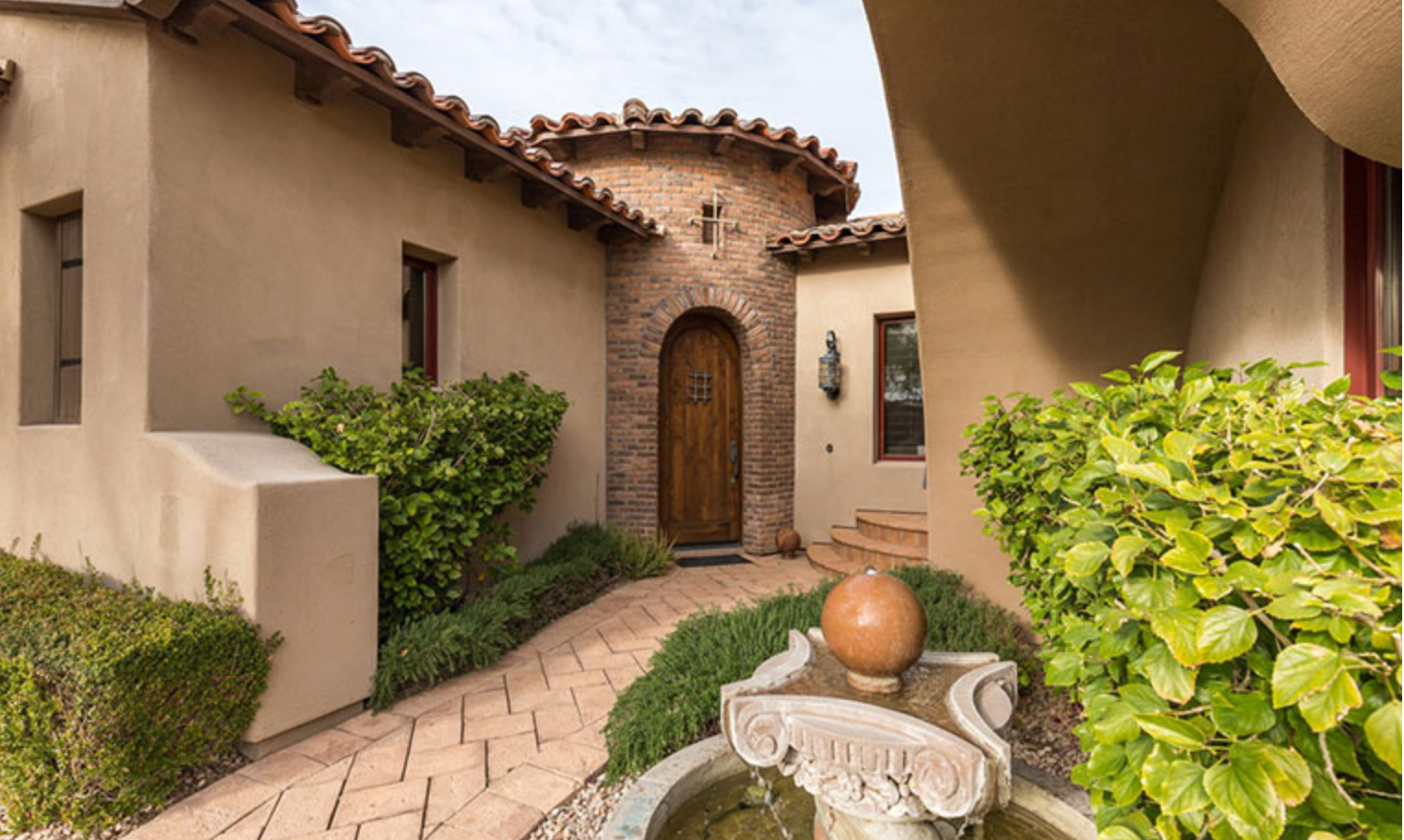 Luxury Villa at Superstition Mountain Golf and Country Club, Gold Canyon, AZ  85118