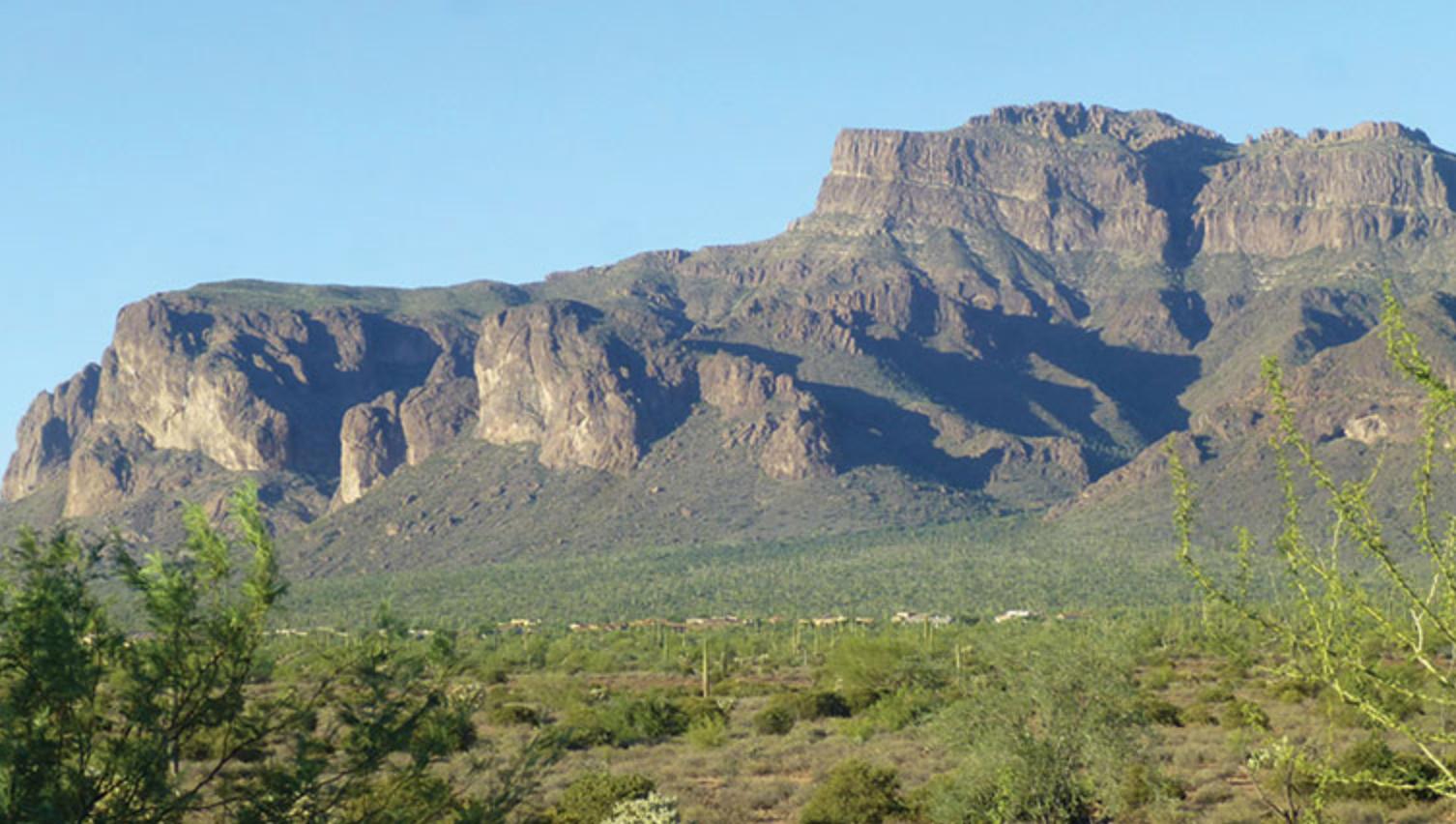 6545 E. Ponderosa Loop, Gold Canyon, AZ  85118
