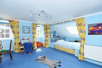 1079_bedroom 2.jpg