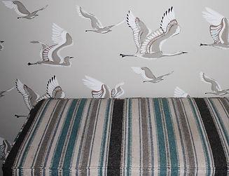 bench swans (800x613).jpg