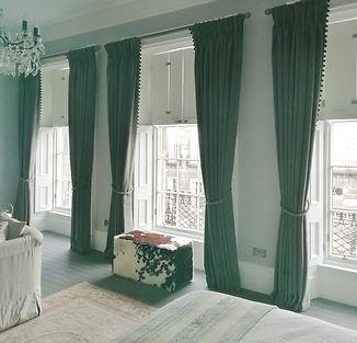 curtains in room (800x768).jpg