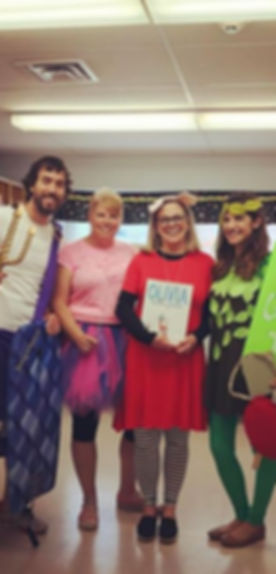 Good ol' book character parade in Brooklyn #4thgradedreamteam #tradition _mapleleaf412