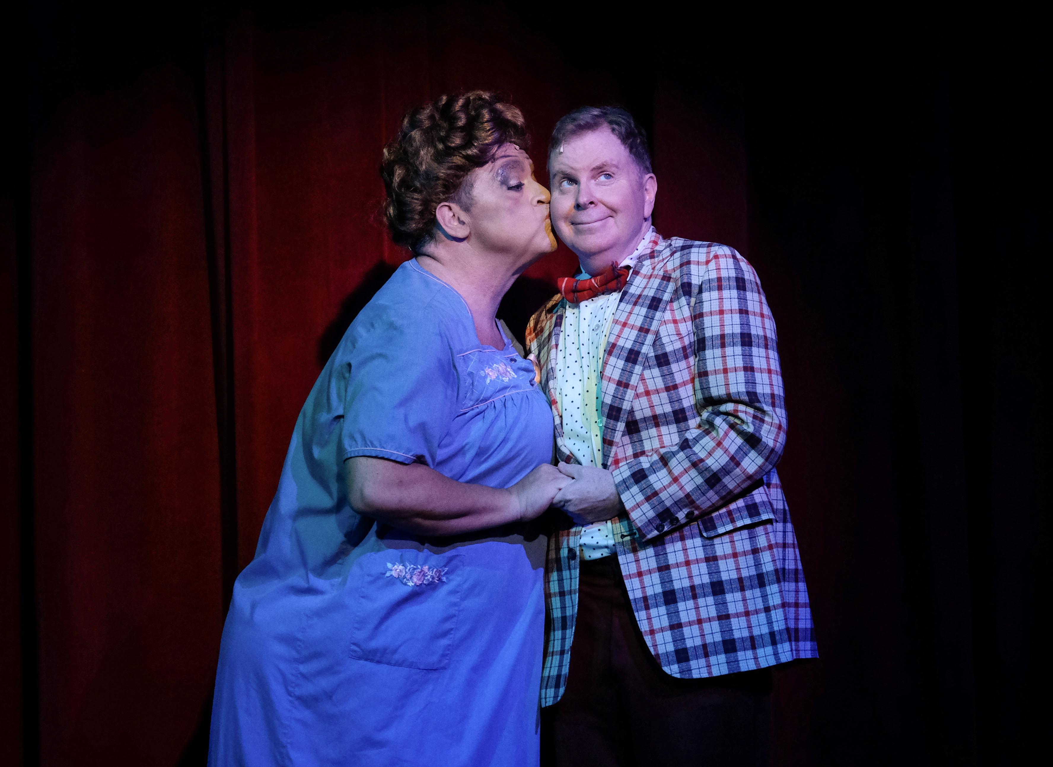 John Massey as Edna & Steve Gunderson as Wilbur