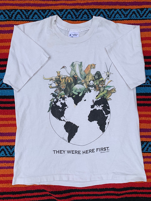 Vintage Human-i-Tees Earth T shirt size Medium