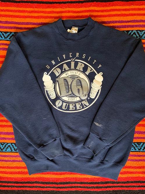 Vintage University of Dairy Queen sweatshirt size XL