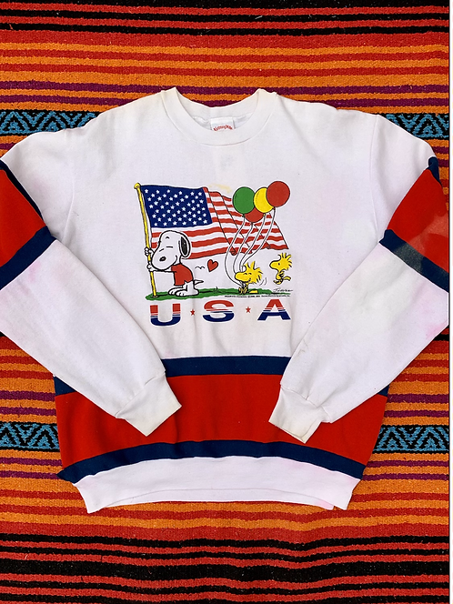 Vintage USA Peanuts color-block sweatshirt size XL