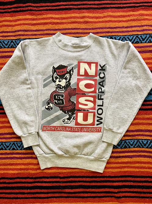 Vintage North Carolina State University Wolfpack sweatshirt size medium