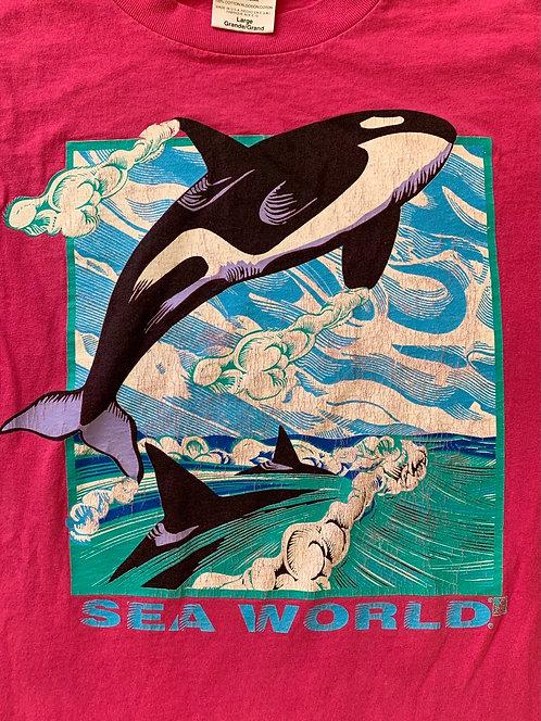 Vintage pink Sea World T shirt size Large