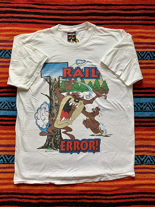 "Vintage 1993 Looney Tunes Taz ""Trail Terror"" t-shirt size XL"
