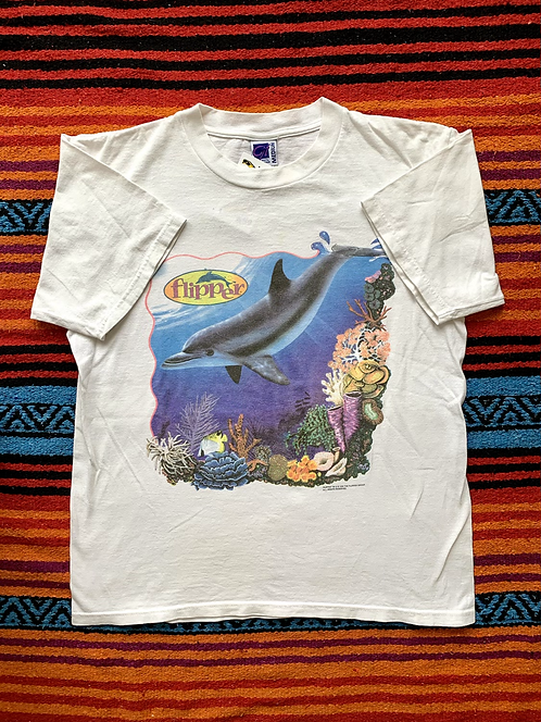Vintage 1996 Flipper TV show faded t-shirt size medium/large