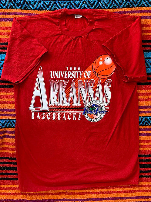 Vintage university of Arkansas Razorbacks T shirt size XL