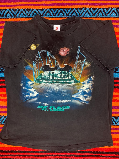 Vintage Six Flags Mr. Freeze faded t shirt size Large