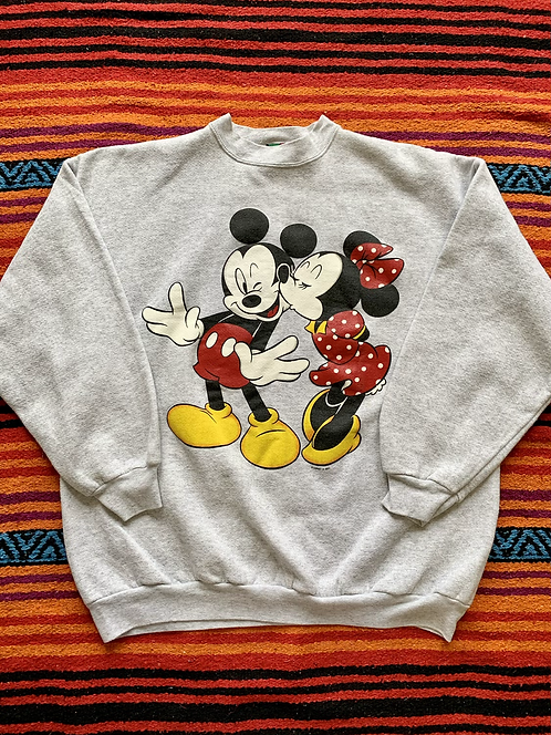 Vintage Disney Mickey and Minnie Mouse sweatshirt size XL