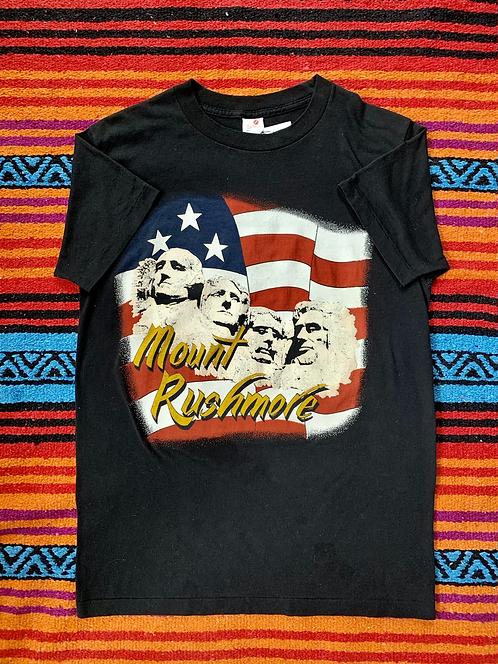 Vintage Mount Rushmore black t-shirt size medium
