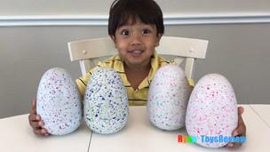 7 yaşındaki bir çocuk yılda 22 milyon dolar kazanıyor !