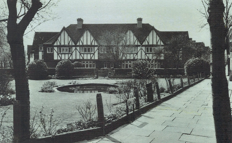 The pond 1968.jpg