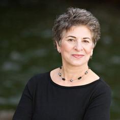 Suzanne Brue