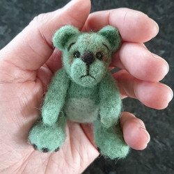 Needle felted thread jointed bear
