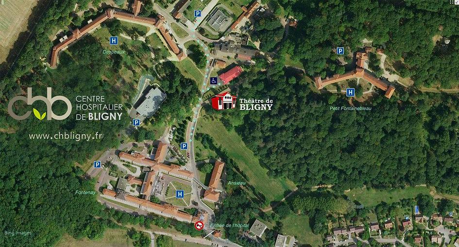 Vue aérienne du Centre Hospitalier de Bligny avec l'emplcement du théâtre et des parkings balisés.