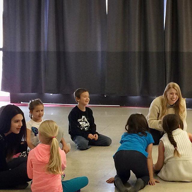 Improvisation+Theatre Classes