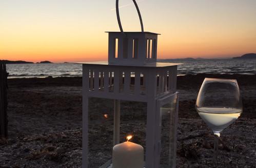 Dégustation au coucher du soleil sur la Presqu'ile de Giens