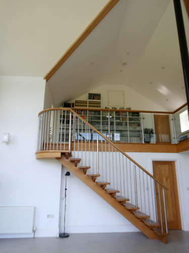 Spine stair and gallery