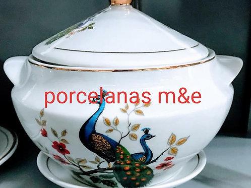 Sopeira pavão + prato em porcelana