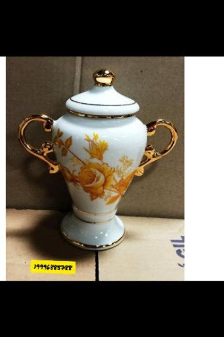 Quartinha 19x8 cm em porcelana legitima