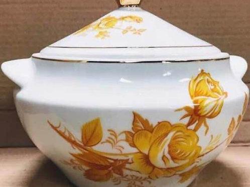 Sopeira + quartinha em porcelanas