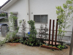 目隠し植栽 ナチュラル花壇 久留米市