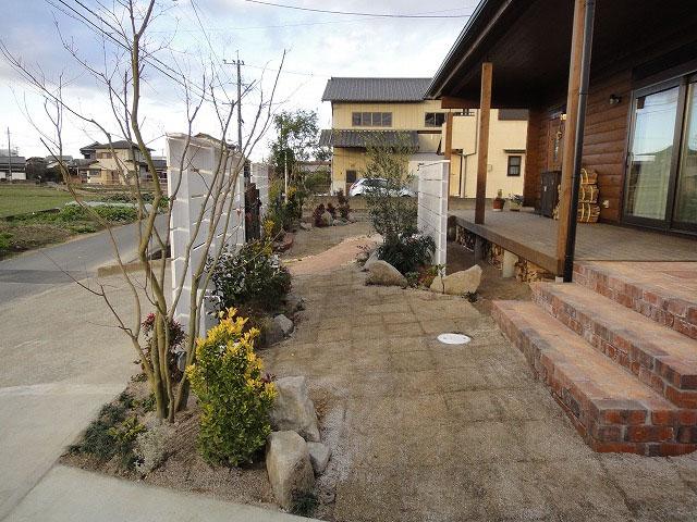 こだわりタイルデッキ ガーデン外構 久留米市