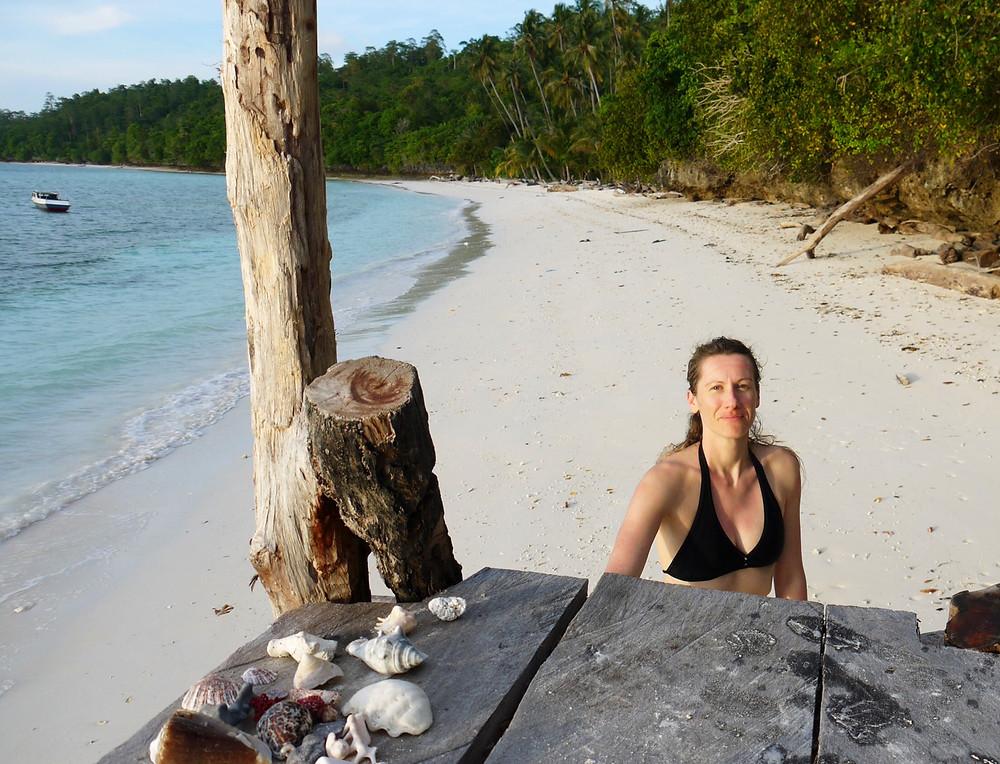 maratua guesthouse derawan archipelago kalimantan borneo indonesia