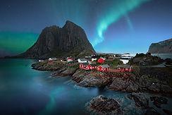 rdeče ribiške hišice na norveškem