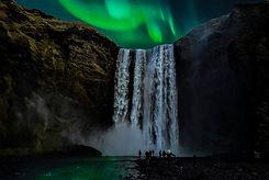 skogafoss-aurora-borealis.jpg
