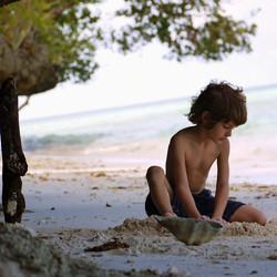 filip-maratua-beach.jpg