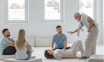 terapia-di-gruppo-bioenergatica-psicolog