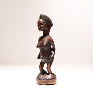 Statuette Punu Gabon Bois H: 21 cm Plus d'informations sur demande / More information on request