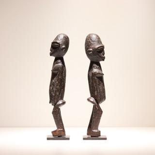 Couple de statues Lobi Burkina Faso H: 25 cm Plus d'informations sur demande / More information on request