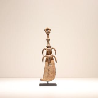 Sabre miniature Baoulé Côte d'Ivoire Bronze H: 16 cm Fin 19e début 20e siècle Provenance: collection privée (France) VENDU / SOLD