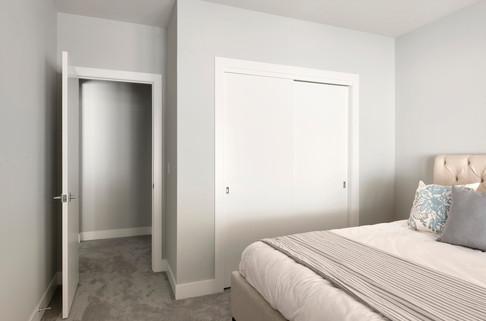 Austrian Pine - Bedroom 1