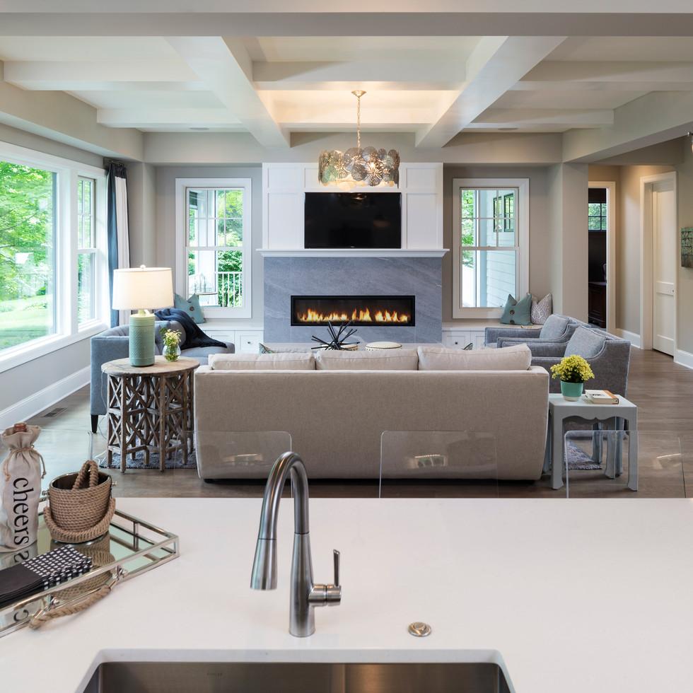 LaSalle Avenue - Great Room