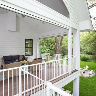 LaSalle Avenue - Screen Porch
