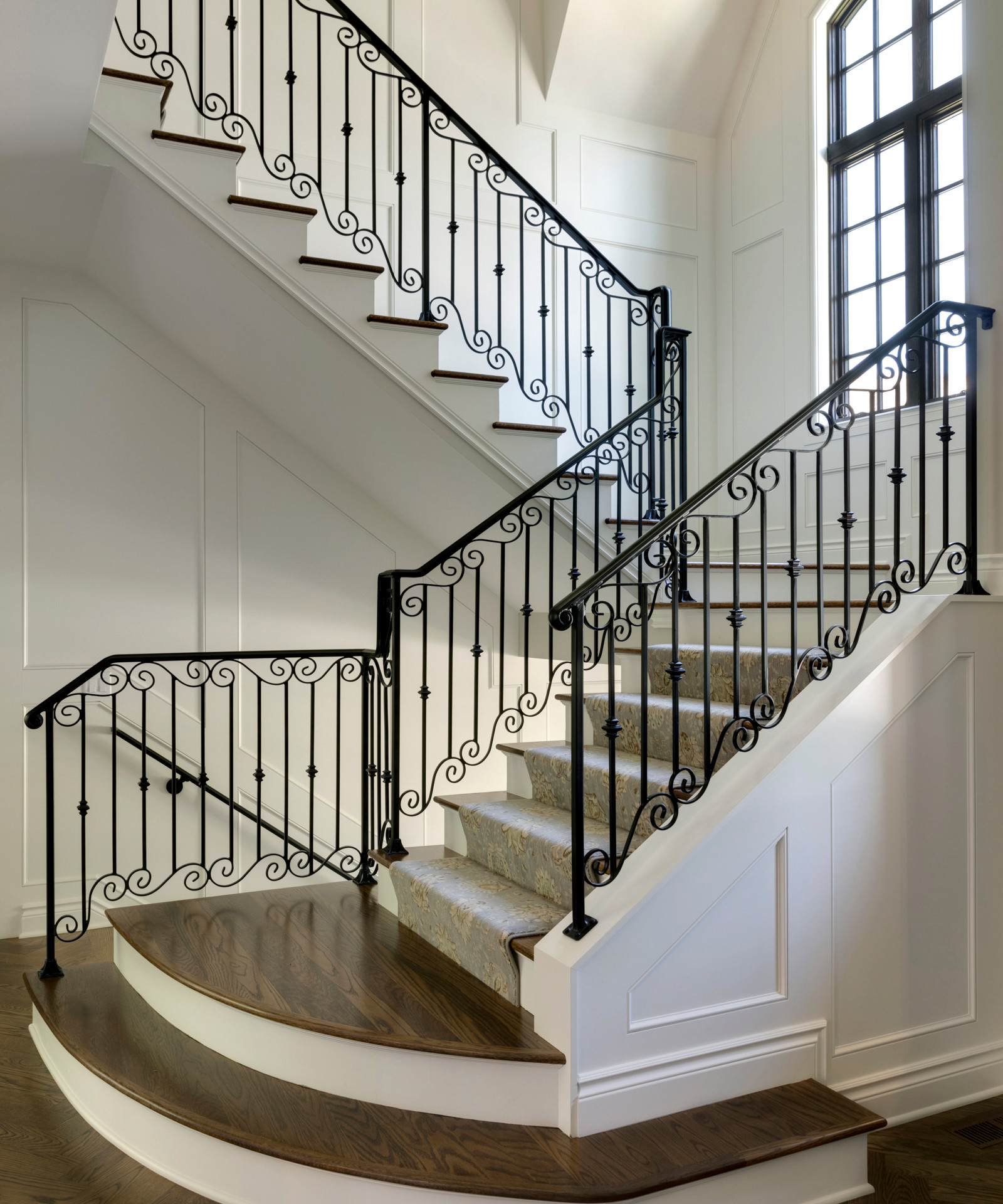 Lochloy Drive - Staircase